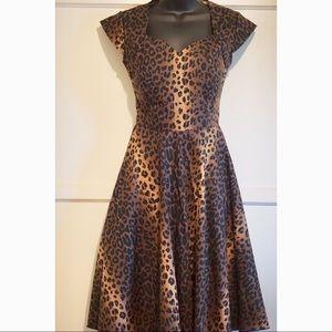 Unique Vintage Sara Leopard Print Dress Small